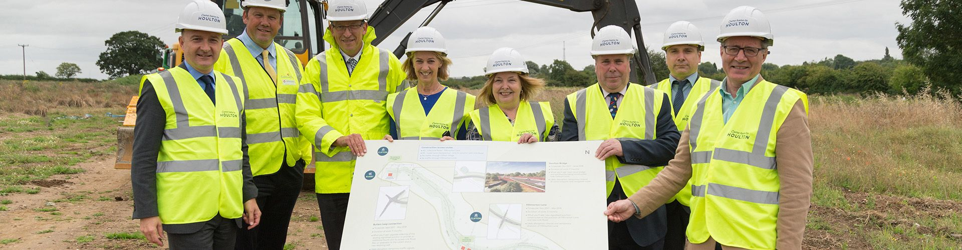31.07.17_Ground breaks on Rugby 6,200 home urban extension link road.jpg